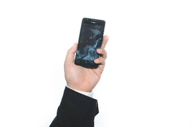 ワイモバイルの「Nexus 5」 Android 5.0提供が始まったけれど。